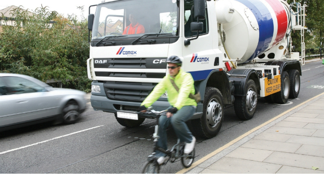 Cycling and Lorries: Road Safety Tips For Cyclists