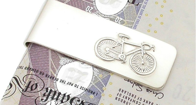 How much money does cycling save you?